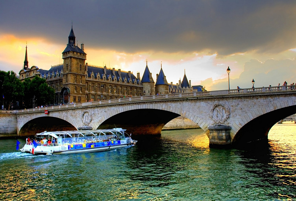 Туры во Францию: горящие туры в Париж, экскурсионные туры ...