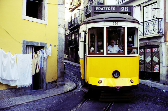 совместимость желтый и зеленый автобус лиссабон начать